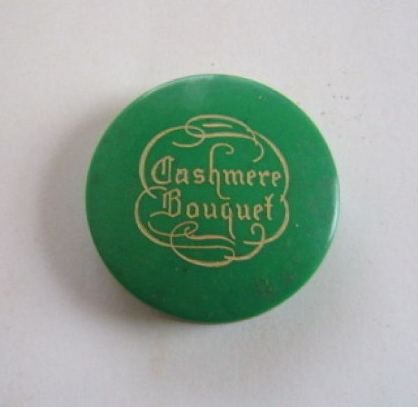 Colgate & Co - Cashmere Bouquet - compact rouge - green
