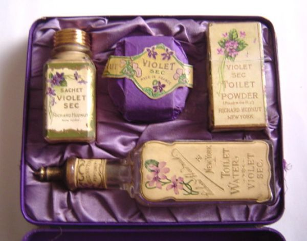 Richard Hudnut - Violet Sec set